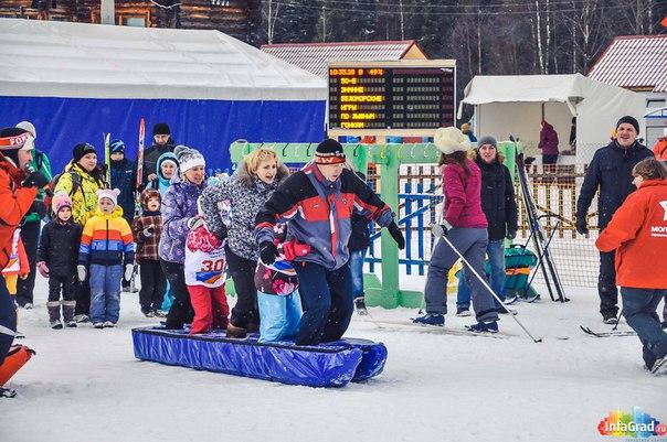 23 февраля в рамках праздничного мероприятия в честь открытия 50-х Беломорских игр в Архангельске состоялись детские лыжные забеги.