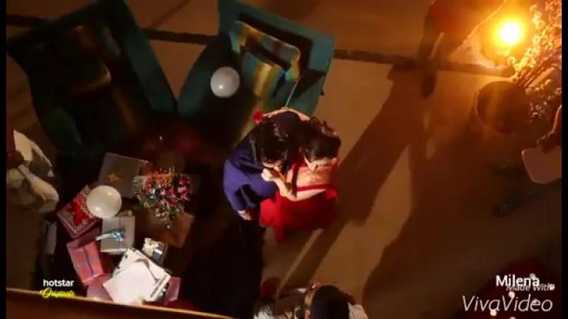 Саная и Барун.Почему Барун как дядюшка должен целовать меня в лоб....пусть целуют меня в щеку.