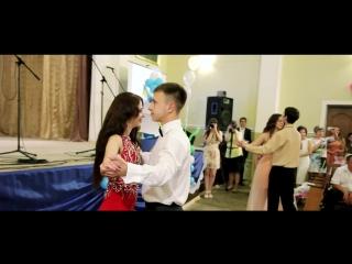 Вальс 11-Б класу ЗОШ№2_2015
