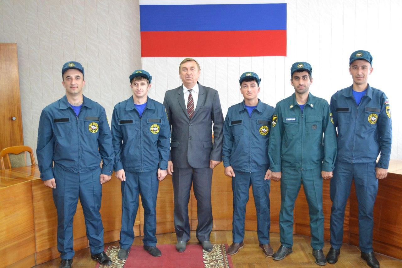 Единая дежурно-диспетчерская служба Зеленчукского муниципального района получила комплекты форменной одежды