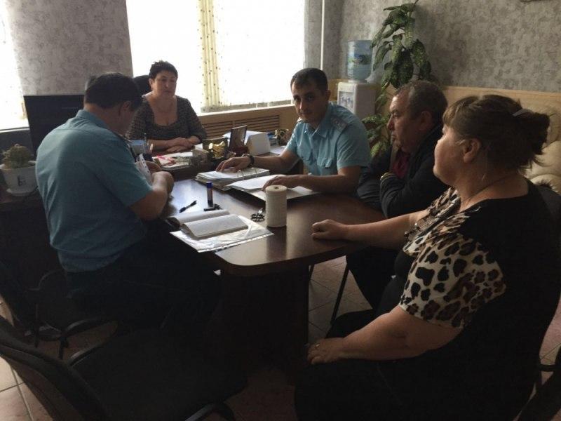 Сотрудники МЧС проверили противопожарное состояние школы-интерната села Хуса-Кардоник