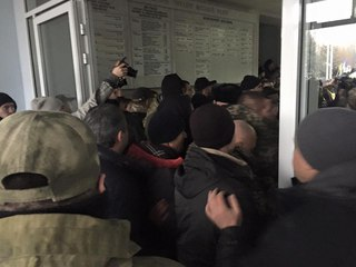 """На 12-00 явка избирателей в Мариуполе составила 15%, - """"ОПОРА"""" - Цензор.НЕТ 1655"""