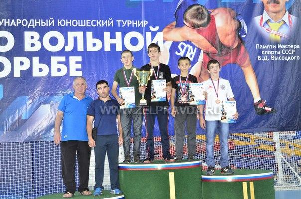 Борцы из станицы Сторожевой призеры международного турнира