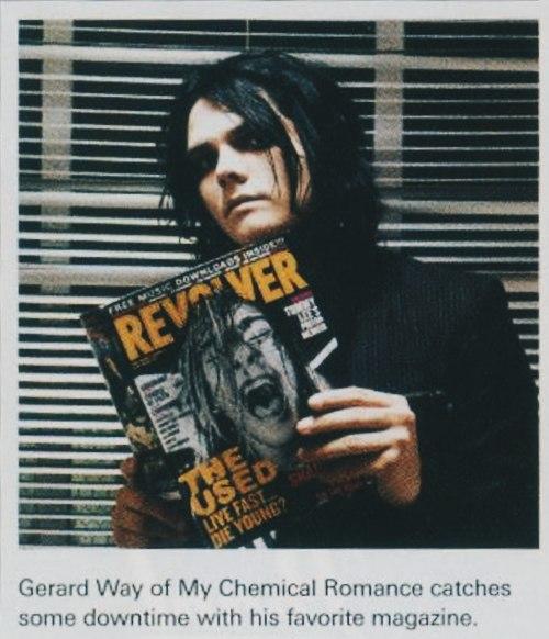 Джерард Уэй из My Chemical Romance проводит некоторое свободное время с его люби...