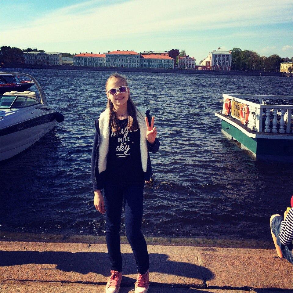 Анастасия Губанова C_kkJNoy4tM