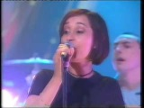 Echobelly - The World Is Flat - TFI Friday - Friday 30th May 1997