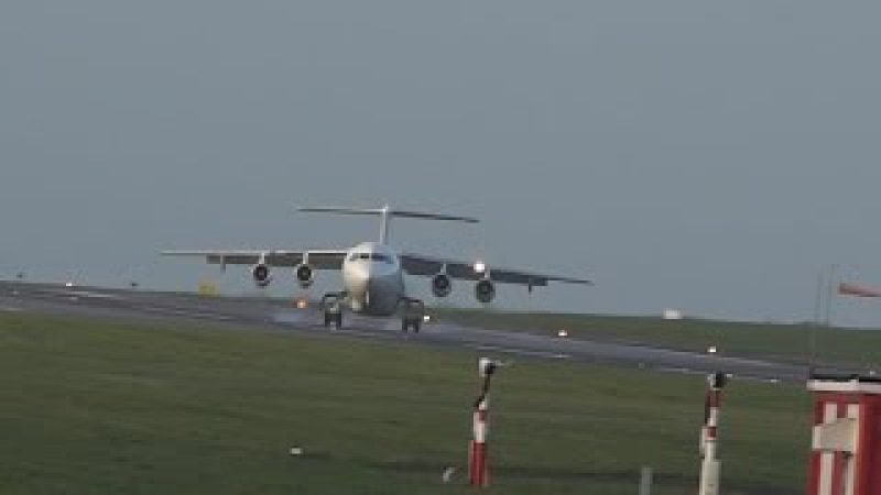 AVIATION - Cork Airport 18.11.2015 - CityJet abort landing and go around due to gusty crosswind