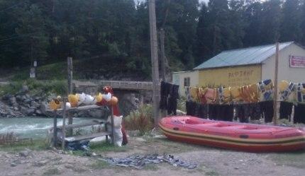 В Зеленчукском районе с туристическими группами проводят информационно-разьяснительные мероприятия