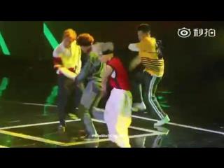 [Fancam] 160409 NCT U - The 7th Sense @ Top Chinese Music Award 2016