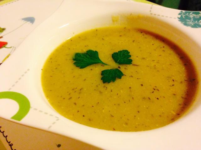 Суп пюре из чечевицы Мерджимек Чечевичный суп Турецкая кухня Mercimek çorbası Türk mutfağı