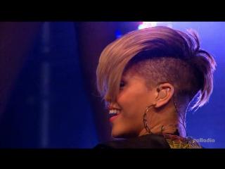 Rihanna - Rude Boy Disturbia (BBC Radio 1s Big Weekend 2010)