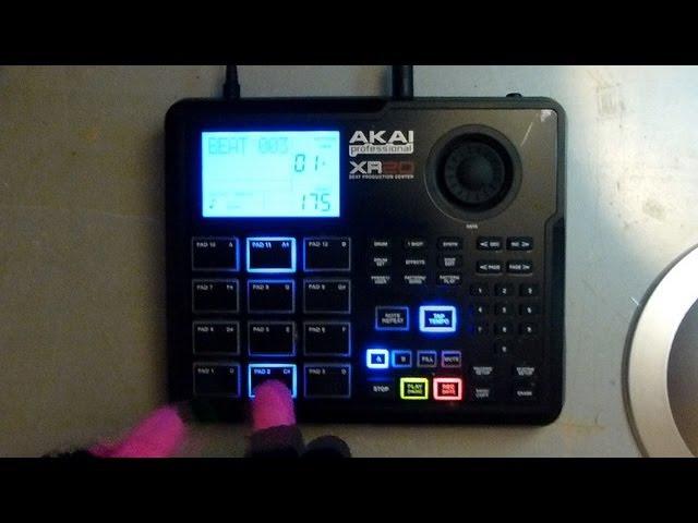 Akai XR20 1 Moonlighting the RM1X Drum 'n' Bass Jam April 2013