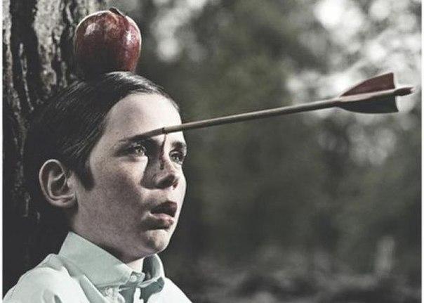 Многие видели эту картинку, но далеко не каждый знает ее историю. В 1985 году 13-летний Тайлер Керк (герой фотографии) прошел кастинг на съемку в рекламе шоколадной пасты Nutella. Это был довольно типичный ролик,где по сюжету мальчик сидит во дворе своего