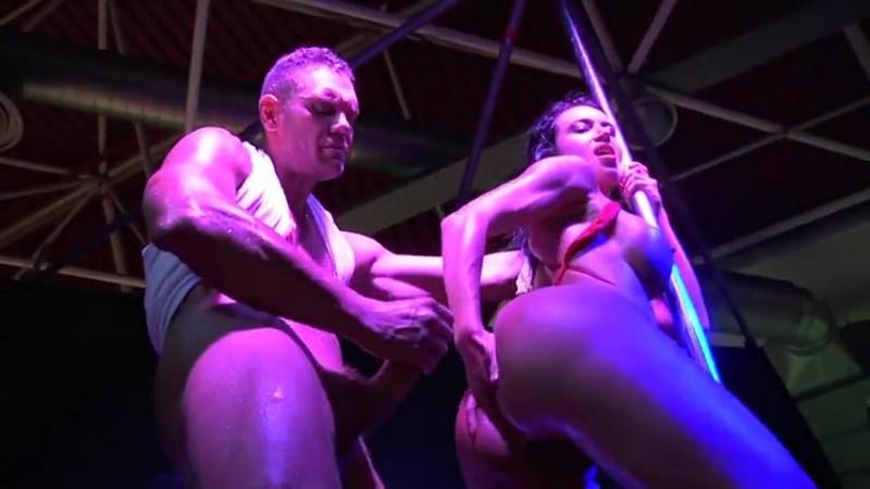 Японское секс шоу для взрослых 1