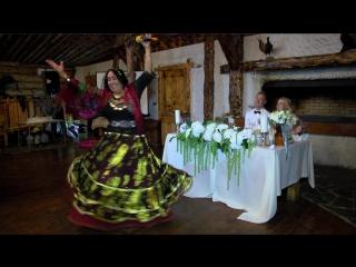 Видеосъемка свадьбы в Волгограде StudioK2A песню поют цыгане ресторан Сосновый бор