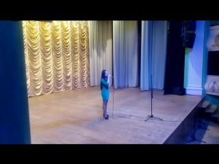 Юлія Мирончук - Балада про мальви (екзамен з вокалу)