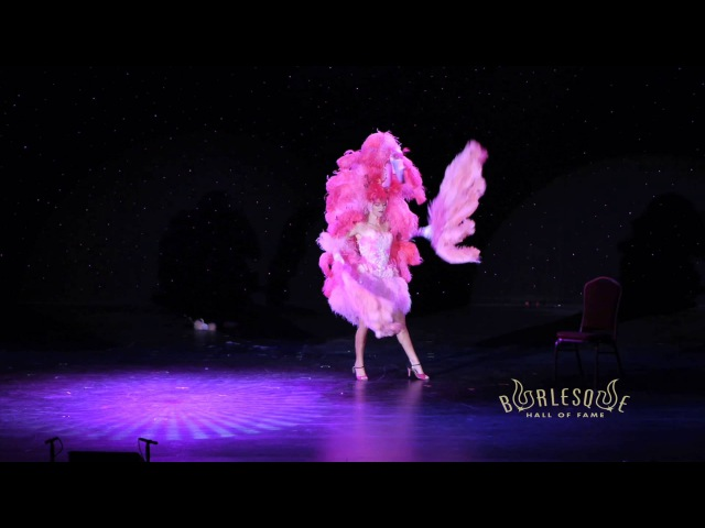 Imogen Kelly at Burlesque Hall of Fame 2012