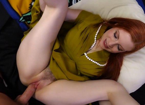 Скромно согласилась на секс