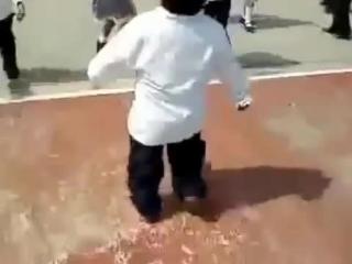 Cute Fat Kid Running, Толстый ребёнок бегает. iman bebek kouyor, ,