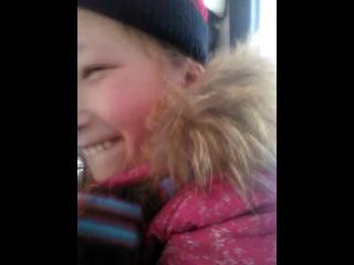 Даша в автобусе подкалывает мужичка:D