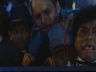 Отрывок из фильма Бадшах Baadshah 1999 2ч