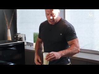 Денис Семинихин готовит овсяную кашу Energy Diet
