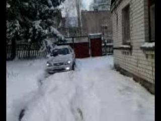 как я чистил снег... или Geely, заменяет лопату