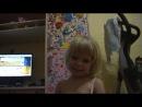 Моя ученица (3,5 года) сочиняет историю на английском языке... Экспромт )))))