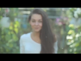 [Erotic Moombahcore] Deorro feat Pasha - Red Lips (Original Mix)