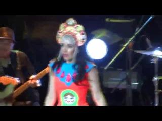 Наталия Орейро расплакалась во время песни Rio de la Plata в Красноярске