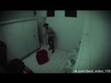 Жуткий розыгрыш в стиле хоррор в туалете