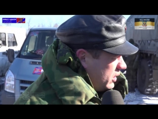 17.02.15 Чернухино, ДНР. Сдающихся солдат ВСУ обстреляли украинские заградительные отряды.