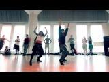 Клевый танец под песню Wiggle