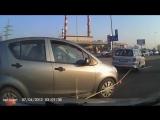 Буксировка и девушка за рулём