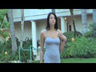 Голая прогулка видео, секс с девушками в трусиках видео