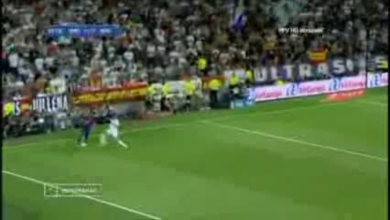 El Clasico -  Real Madrid vs. Barcelona -- Most Heated Moments { Fights, Brawls,_low