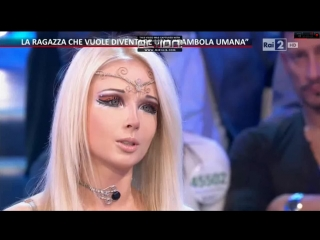 Valeria Lukyanova Italy