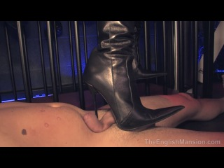 vk.com/club60432339 #femdom #trampling #fetish #foot #cbt #smother #ballbusting #footjob