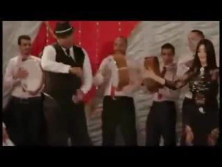 رقص صافيناز علي مزمار بلدي 2014 Safinaz