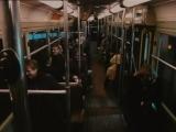 Заразительный смех в метро.