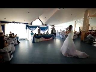 Свадебный сюрприз невесты жениху песня Только мой