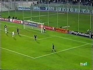 ЛЧ 1999-2000. 1-й гр. этап. 6 тур. Фиорентина - Барселона 3:3 (Обзор)