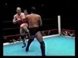 Александр Карелин и чемпион мира в ММА Акира Маеда (Япония, 1999 год)