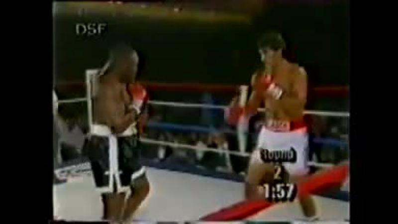 1993-06-26 Bert Cooper vs Corrie Sanders
