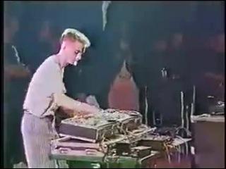 Диджей на катушках (бобины СССР)