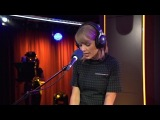 Taylor Swift - Love Story (Special for the Teen Awards Studio BBC Radio 1)