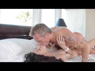 Heather vahn - modeling for her man