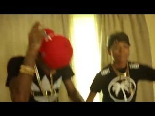 Soulja Boy ft. AGoff - Million$