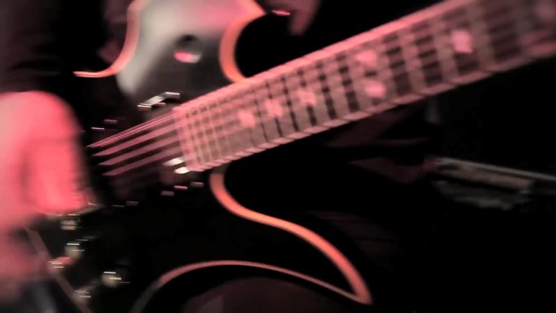 MADBALL Кэндес Каксалэйн (Walls Of Jericho) - Born Strong (OFFICIAL VIDEO