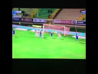 GOKHAN GONULUN GOLÜYLE 1-0 ÖNE GEÇTİK ANCAK ŞUAN DURUM 1-1..